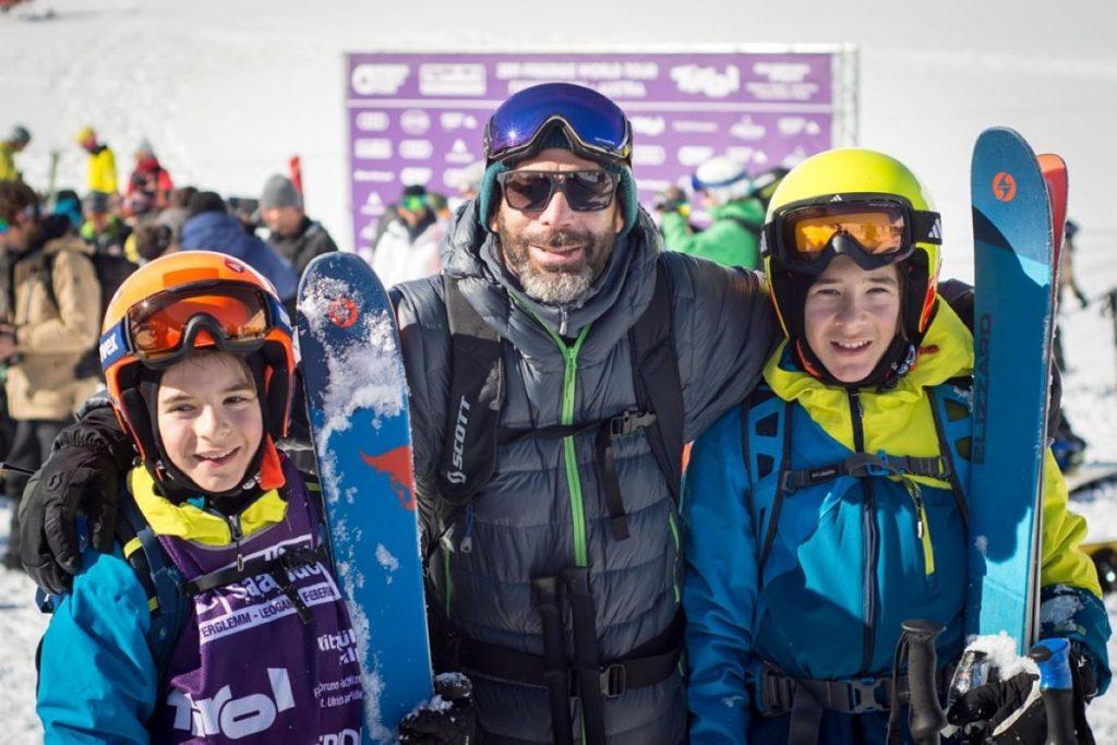 Toma și Luca Trandafir alături de Sébastien Michaud Fieberbrunn